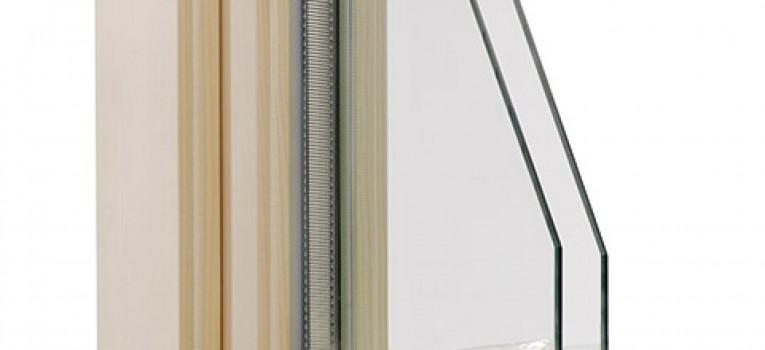 Profiliertes Stilholzfenster IV 72