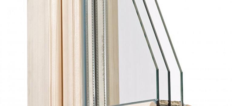 Profiliertes Stilholzfenster IV 88